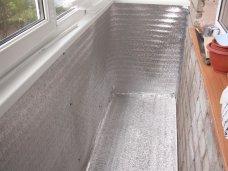 Утеплений пенофолом балкон