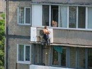 kak-svoimi-rukami-uteplit-balkon-27